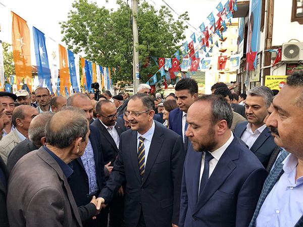 Mehmet Özhaseki Keskin'i Ziyaret Etti