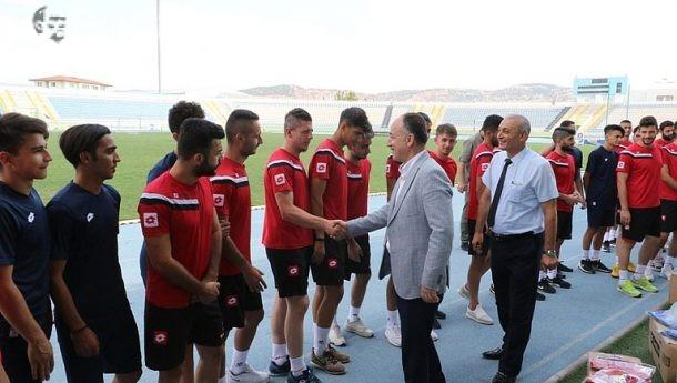Mehmet Saygılı Kırıkkalespor'a Malzeme Yardımı Yaptı