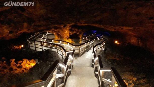 Sulu Mağara Ziyaretçilerini Ağırlıyor