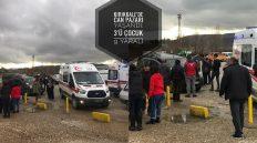 Hafif Ticari Araç ve Kamyon Çarpıştı; 3'ü Çocuk 9 Yaralı