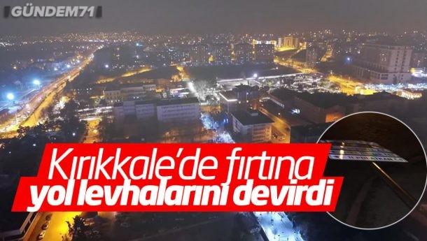 Kırıkkale'de Fırtına Etkili Oluyor