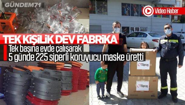 Kırıkkale'de Gönüllü Öğretmen 5 Günde 225 Koruyucu Siperli Maske Üretti