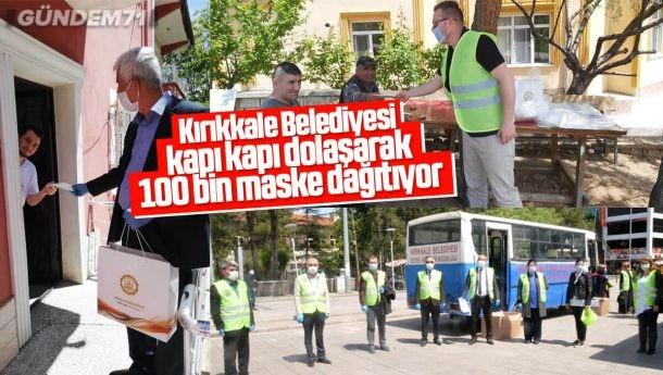 Kırıkkale Belediyesi Kapı Kapı Dolaşıp 100 Bin Maske Dağıtıyor