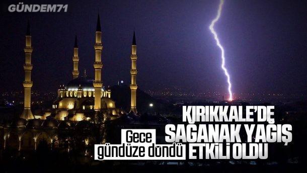 Kırıkkale'de Gök Gürültülü Sağanak Yağış Etkili Oldu