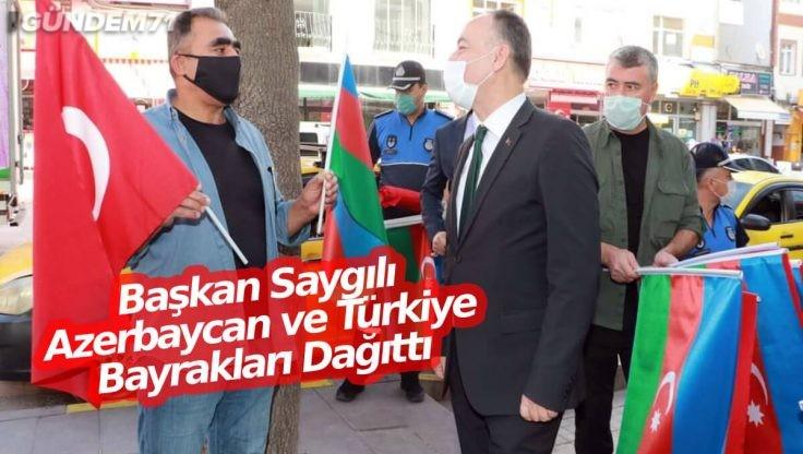 Kırıkkale'de Azerbaycan ve Türk Bayrağı Birlikte Dalgalanıyor