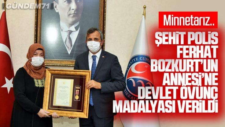 Şehit Polis Memuru Ferhat Bozkurt'un Annesi'ne Devlet Övünç Madalyası Verildi