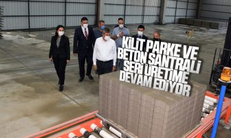 Vali Sezer, Beton Santrali ve Kilit Parke Üretim Tesisi'ni İnceledi