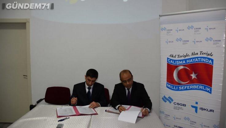 """İŞKUR ile Turkcell Global Bilgi A.Ş Arasında """"İstihdam Garantili Mesleki Eğitim Kursu Sözleşmesi"""" İmzalandı"""