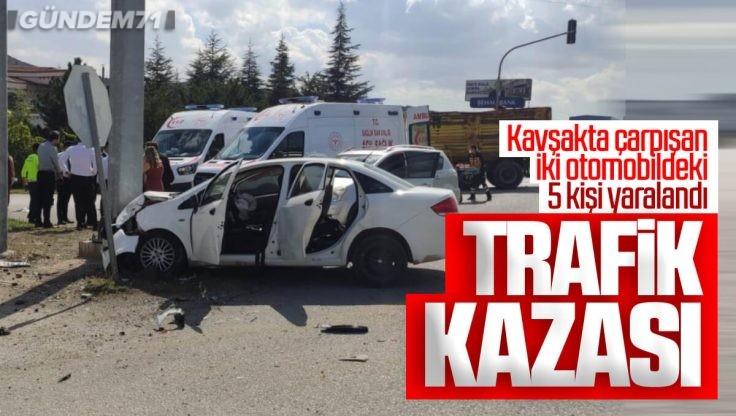 Kırıkkale'de Trafik Kazası; 5 Kişi Yaralandı