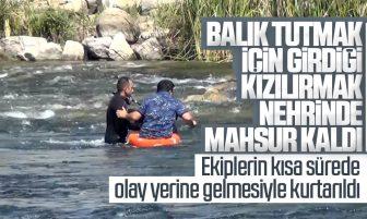 Kırıkkale'de Balık Tutmak İçin Girdiği Kızılırmak Nehrinde Mahsur Kalan Kişi Kurtarıldı