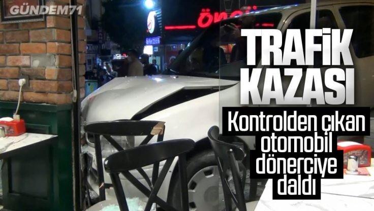 Kırıkkale'de Trafik Kazası; Kontrolden Çıkan Otomobil Dönerciye Daldı